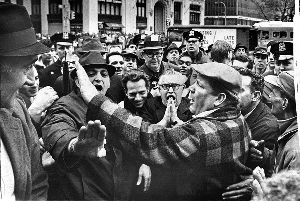 Union members outside City Hall, New York, 1968.